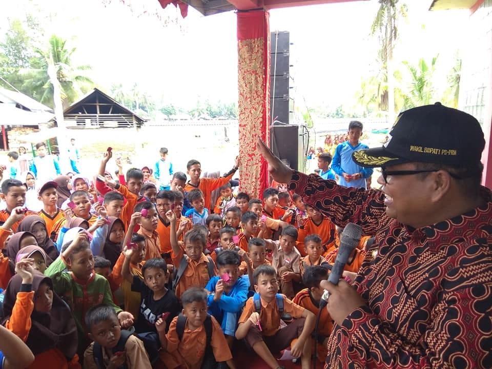 Wabup Suhatri Bur Hadiri Kampanye Peringatan HANI di Pantai Tiram