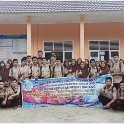 Program Kemitraan UNP, Nanda Putra Motivasi Pelajar SMA Negeri I Suliki Berwirausaha