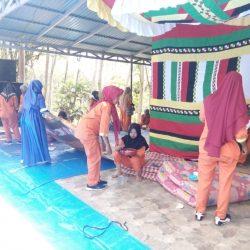 Pasukan Oranye Pasbar Bersihkan Sampah Hutan Kota