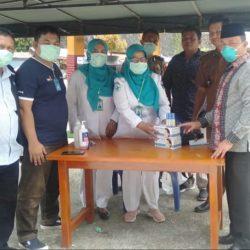 Kunjungi Posko Siaga Covid-19 Pessel, Muhayatul dan Tim Muhammadyah Bantu Masker dan Hand Sanitizer