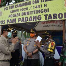 Kunjungi Pos PAM Lebaran, Bupati Agam: Tetap Terapkan Physical Distancing dan Protokol Covid-19