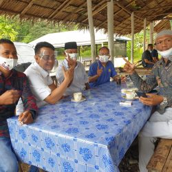 Pedagang Pasar Malampah Pasaman Bangga Disapa Cawagub Indra Catri