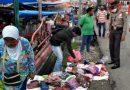 Edukasi dan Sosialisasi Protokol Kesehatan, Polsek Tanjung Raya Turun ke Pasar Tradisional