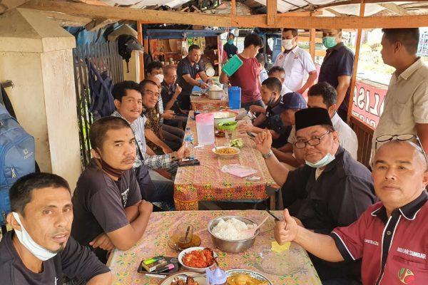 Makan Balanjuang FJKIP, Puyu dan Jariang pun Tandas