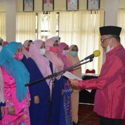 Ny. Titik Irwan Fikri Dikukuhkan Sebagai Ketua GOW Kabupaten Agam