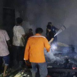 Dua Rumah Ludes Terbakar si Kampung Tambak Ujung Gading