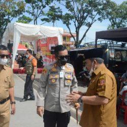 Bupati AWR Tinjau Pelaksanaan Vaksinasi di Lapangan Kantin Bukittinggi