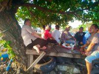 Wagub Nasrul Abit Berbagi Cerita Dengan Nelayan Purus