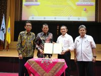 Kadisnakertrans Sumbar Berikan Kuliah Umum Calon Wisudawan/ti UNP