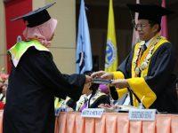 938 Wisudawan UNP Diterima Sebagai Anggota Alumni